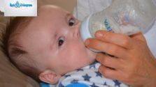 süt içen bebek